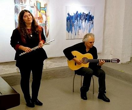 Musikk med Issa og Anija