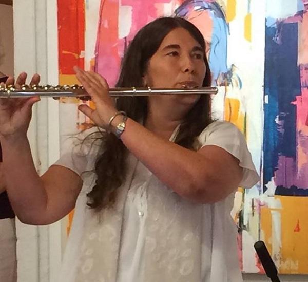 Anija plays flute